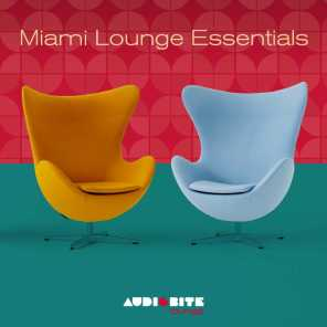 Miami Lounge Essentials